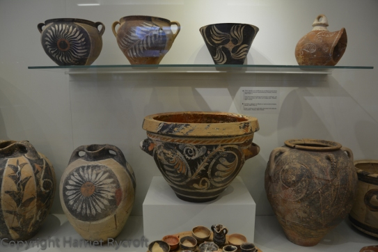 Kamares ware, 1800-1700 BC. Heraklion Archaeological Museum